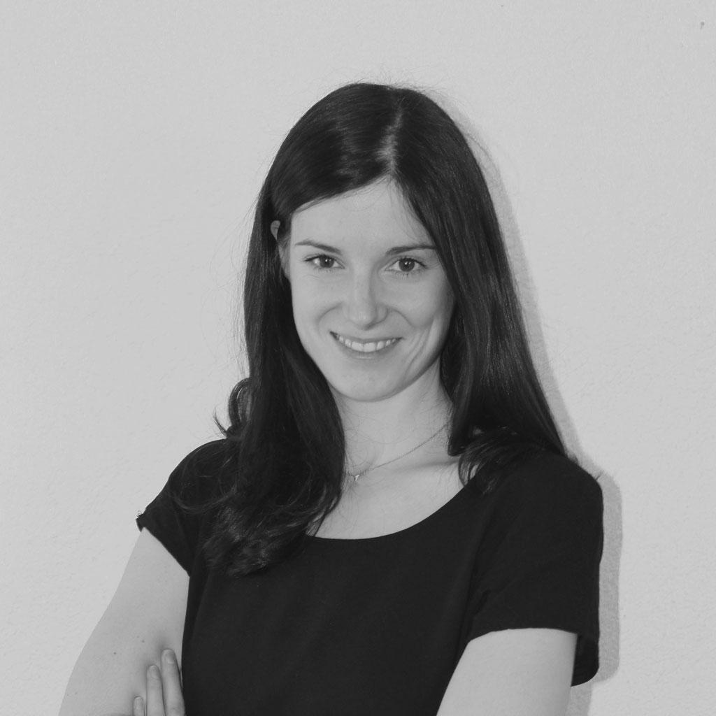 Dozentin Valerie Külling